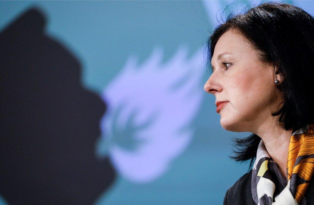 Věra Jourová sõnul raskendab asja see, et isegi juhul kui institutsioonid järgisid neile pandud kohustusi, võis olla üksikisikuid, kes kas tahtlikult või hooletusest jätsid oma ülesanded täitmata.