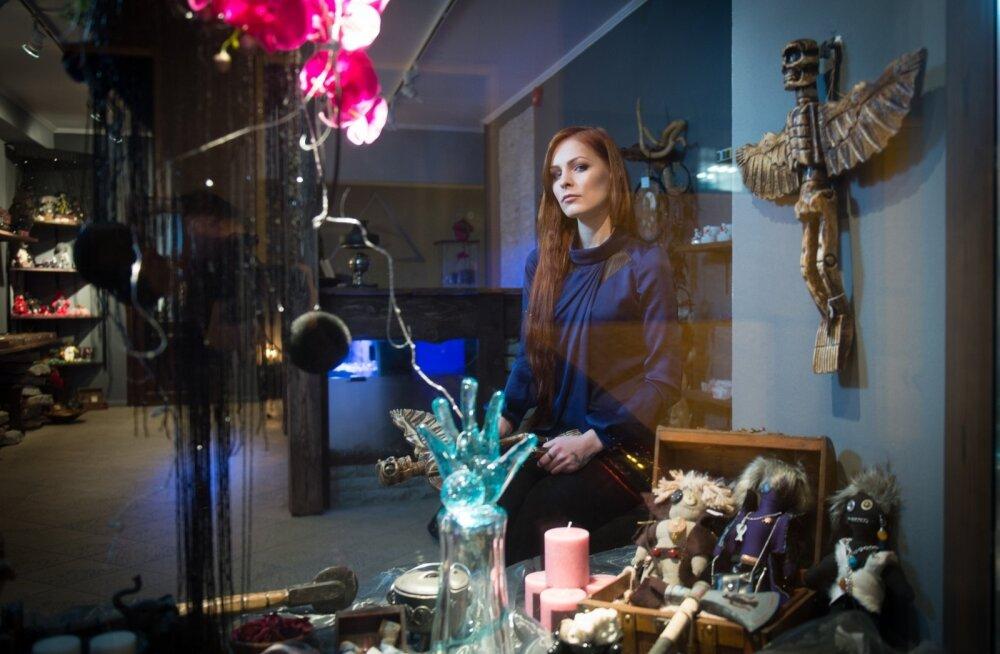 Эзотерический магазин Мэрилин Керро приносит приличную прибыль