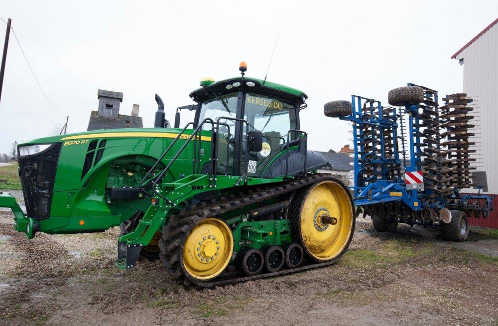 Traktor, John Deere 8370 RT