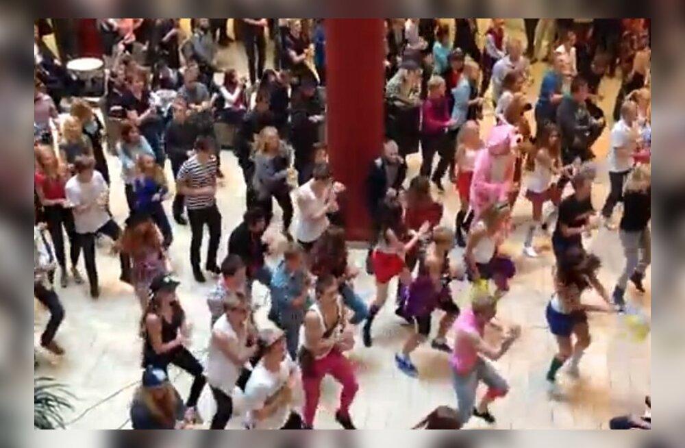 """VIDEOD: Eestis toimus """"Gangnam Style"""" flashmob!"""