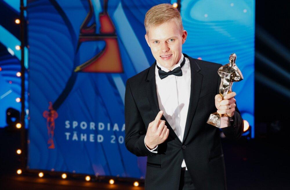 Ott Tänak võitis tunamullu parima meessportlase, mullu parima võistkonna Kristjani.