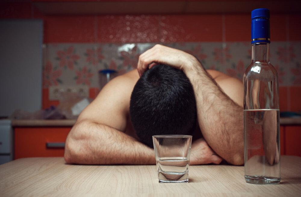 Kas kooselu alkohoolikuga on üldse võimalik? Kindlat vastust sellele küsimusele pole, aga on mõned variandid...