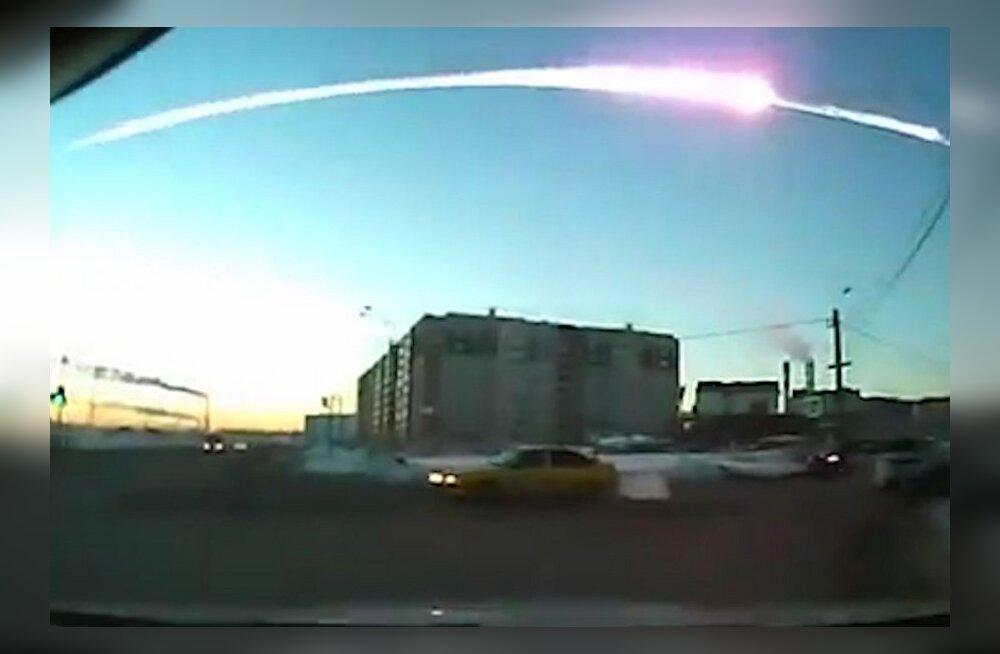 Tšeljabinski meteoriidi lööklaine rändas kaks korda ümber maakera