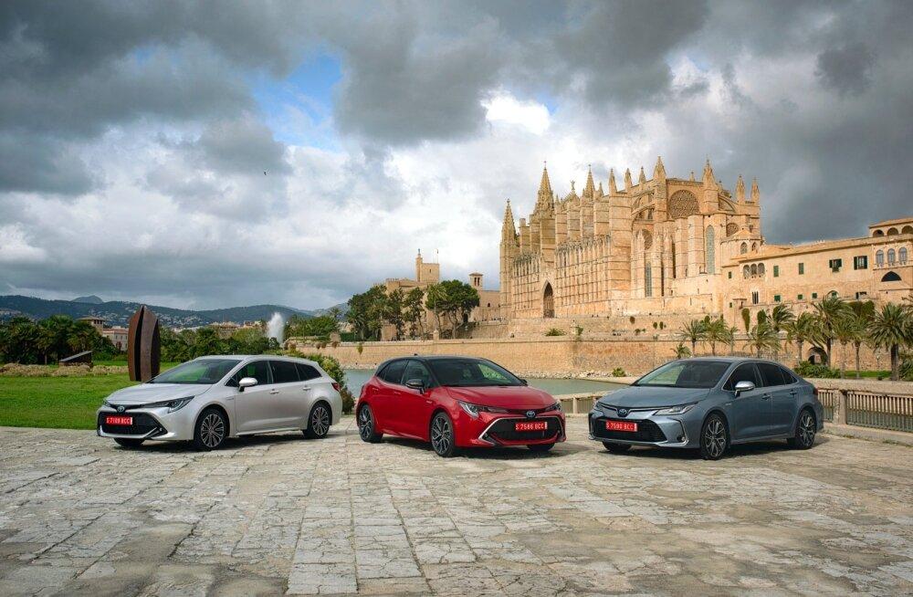 Toyota väikse keskklassi mudelirivi on tänavusest aastast senisest selgem. On üks Corolla: nii luukpära, universaali kui ka sedaanina.