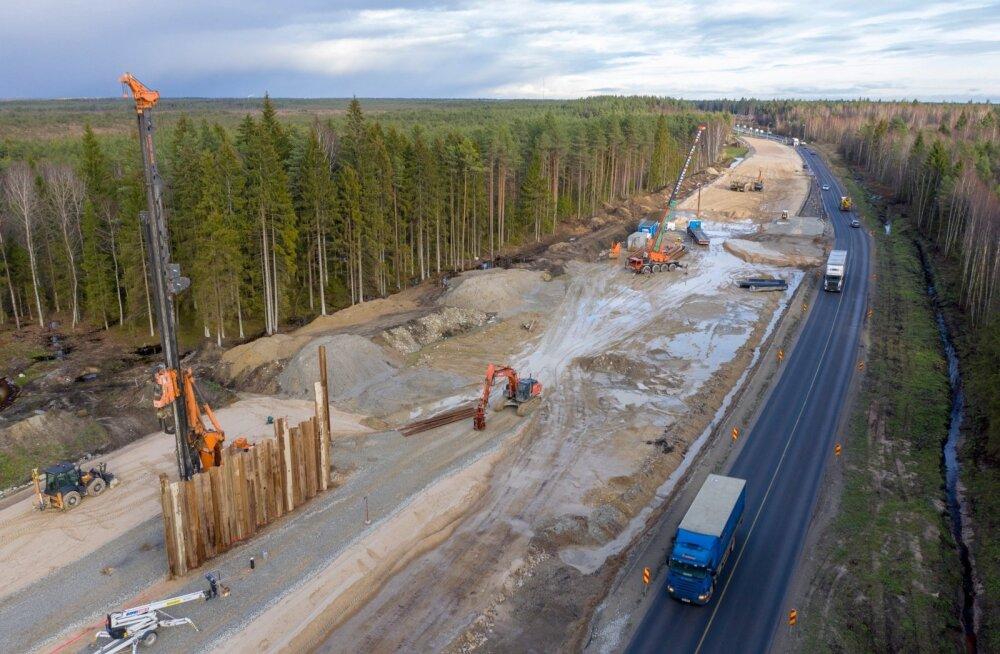 Rail Balticu Saustinõmme viadukti ehitus.