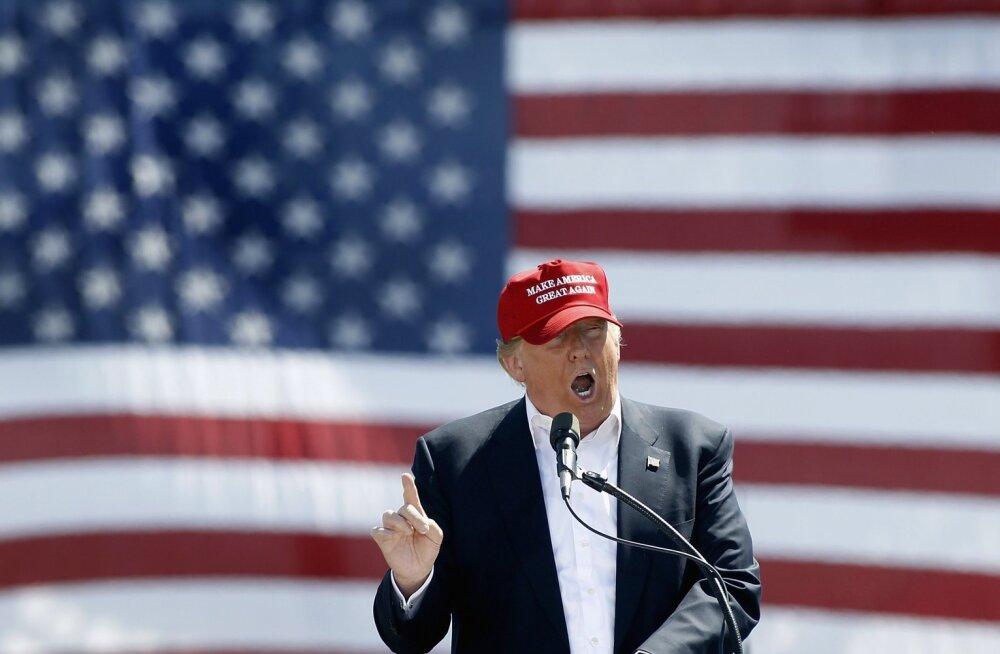 Ku Klux Klani endine juht usub, et Trump suudab Hitleri rehabiliteerida