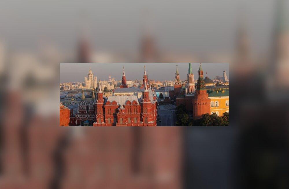 Medvedevilt Kremlis kaitset palunu viidi hullumajja