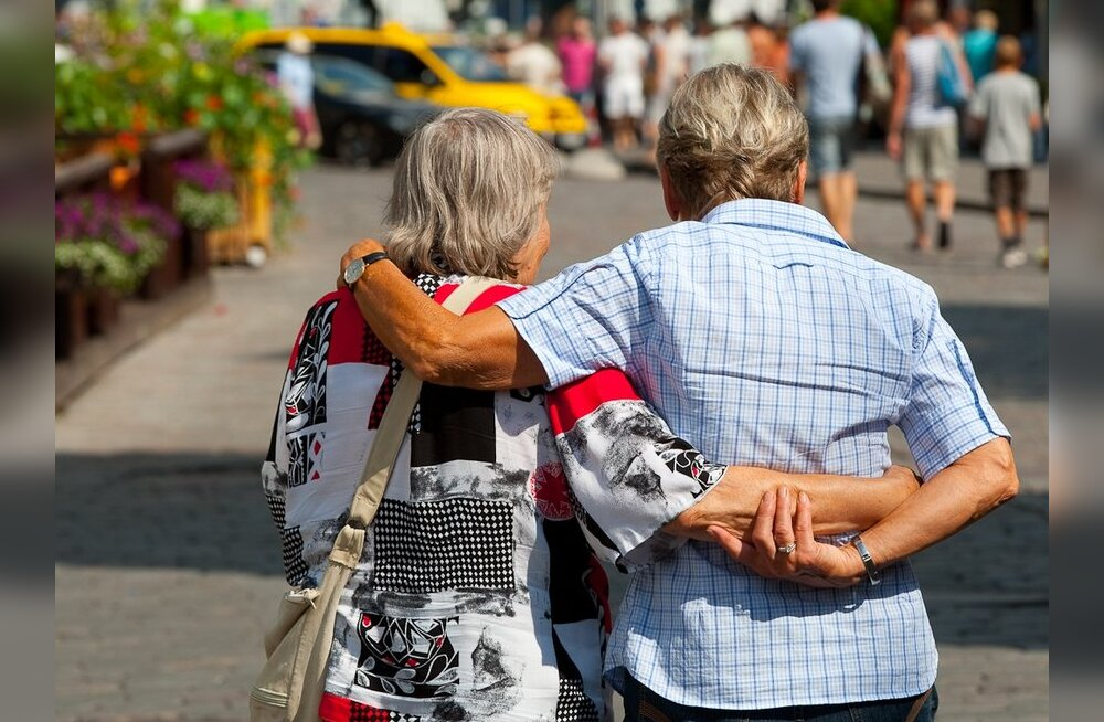 LHV rabab agressiivselt tulevasi pensionäre
