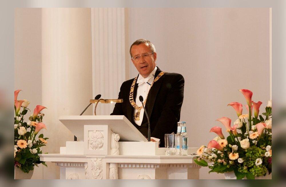 FOTOD: President Ilves TÜ rektori ametissenimetamisel: ülikooli kunagi kõik ei mahu.