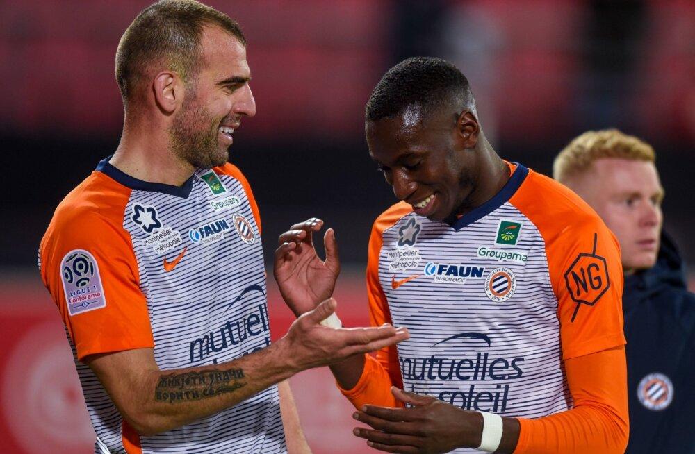 Koroonaviirusesse nakatunud Prantsusmaa kõrgliiga jalgpallurit hoitakse kunstlikus koomas