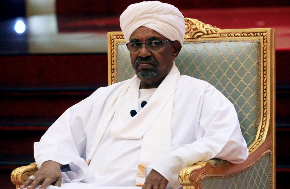 Sudaani armee teatas presidendi kukutamisest ja võimu ülevõtmisest