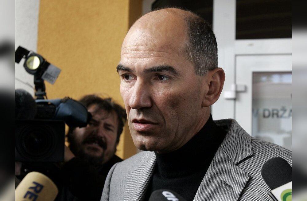 Sloveenia ekspeaminister sai Soome soomukite pärast pistisesüüdistuse