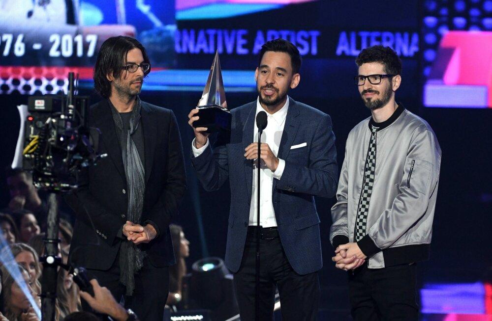 Linkin Park lasi lubamatu säutsu eemaldada: me ei toeta president Trumpi