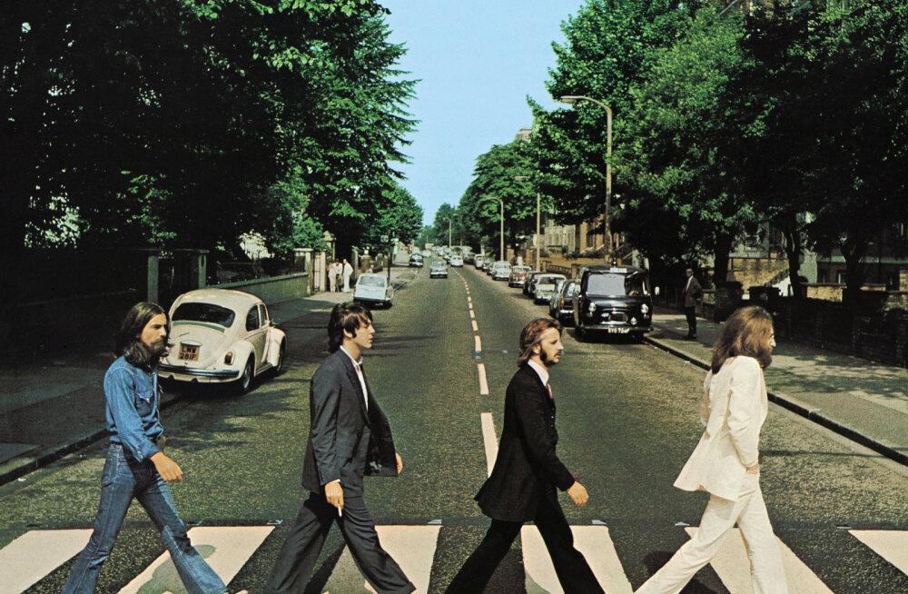 Kes on see müstiline härra, kes The Beatlesite legendaarsel pildil palju segadust on tekitanud: vaatasin juhuslikult üles ja nägin nelja meest üle tee minemas