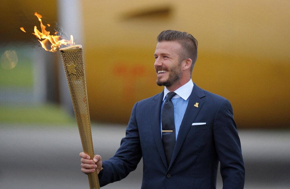 Piinlik apsakas! David Beckham jäi fännidele haledalt valetamisega vahele