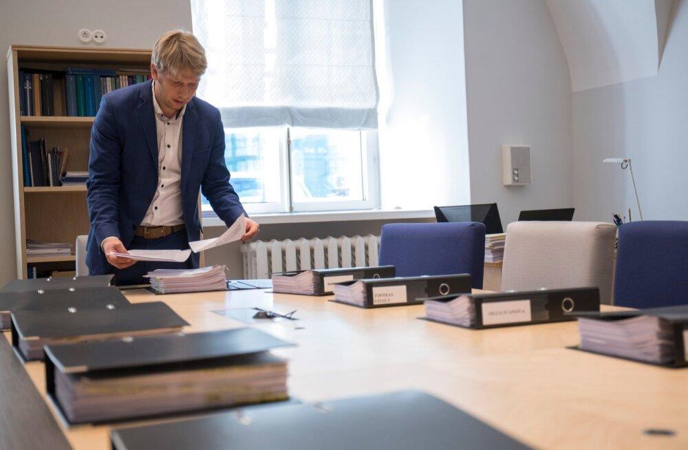 Õiguskomisjon. Jürgen Ligi ja Lavly Perling