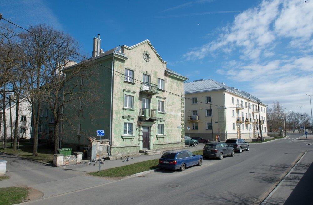 Stalinistlik elamurajoon Peterburi teel