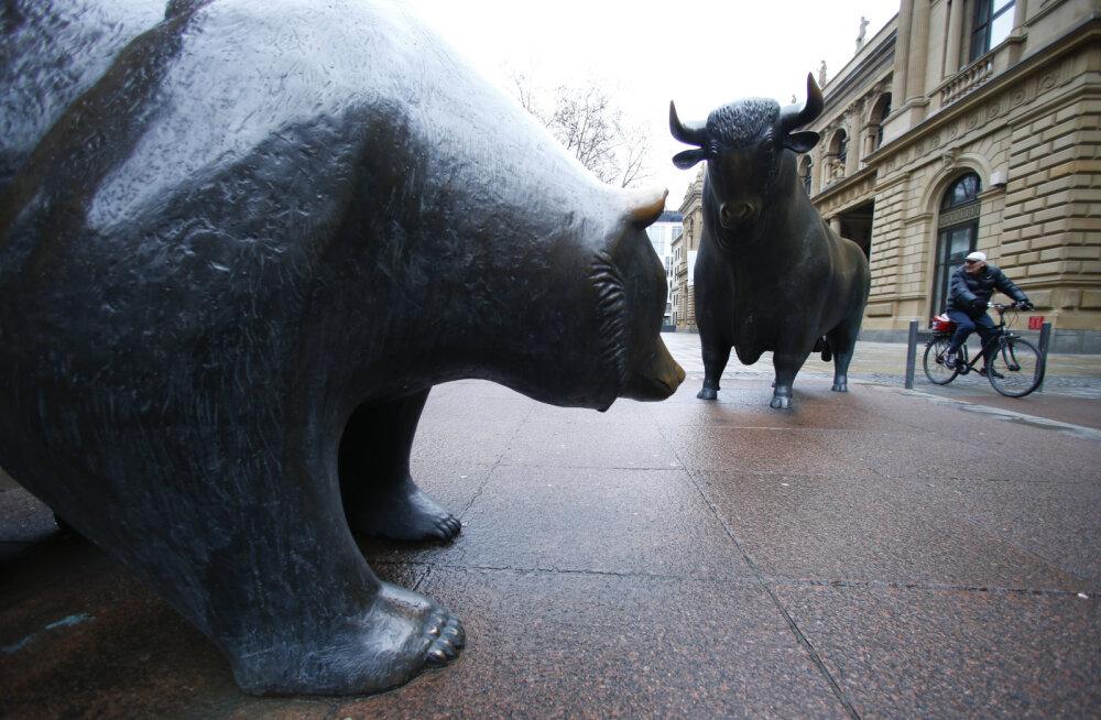 Turgudel käib tõeline mürgel: investorid on valmis riikidele kümneteks aastateks raha laenates selle eest peale maksma