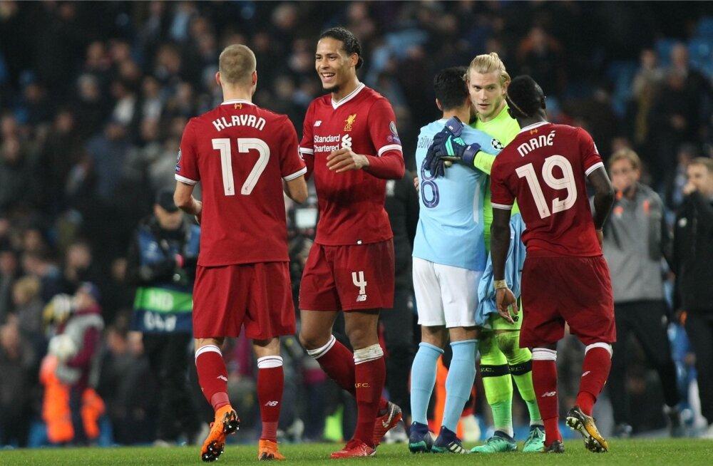 Ragnar Klavan ja maailma kõige kallim kaitsja Virgil van Dijk pärast Manchester City alistamist.