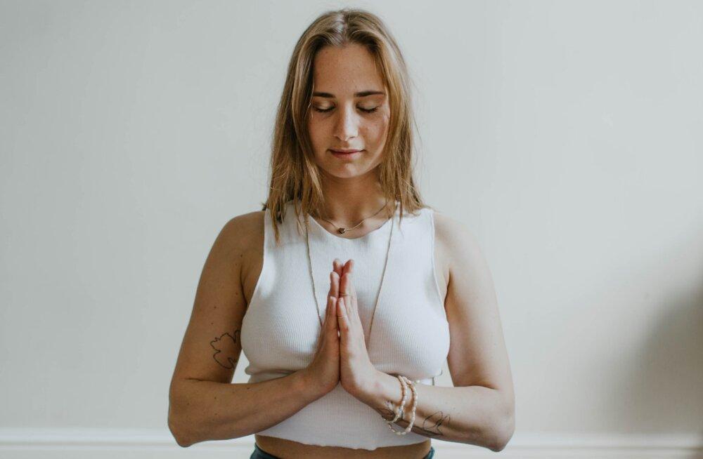 Stress kasvab üle pea? Proovi hingamisharjutusi, mis toovad kiiresti hingerahu tagasi