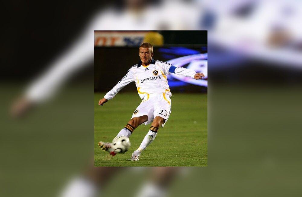 David Beckham lööb Galaxy eest avavärava