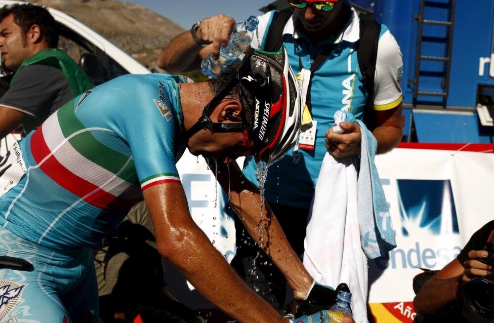 Vincenzo Nibali Vuelta esimese etapi finišis
