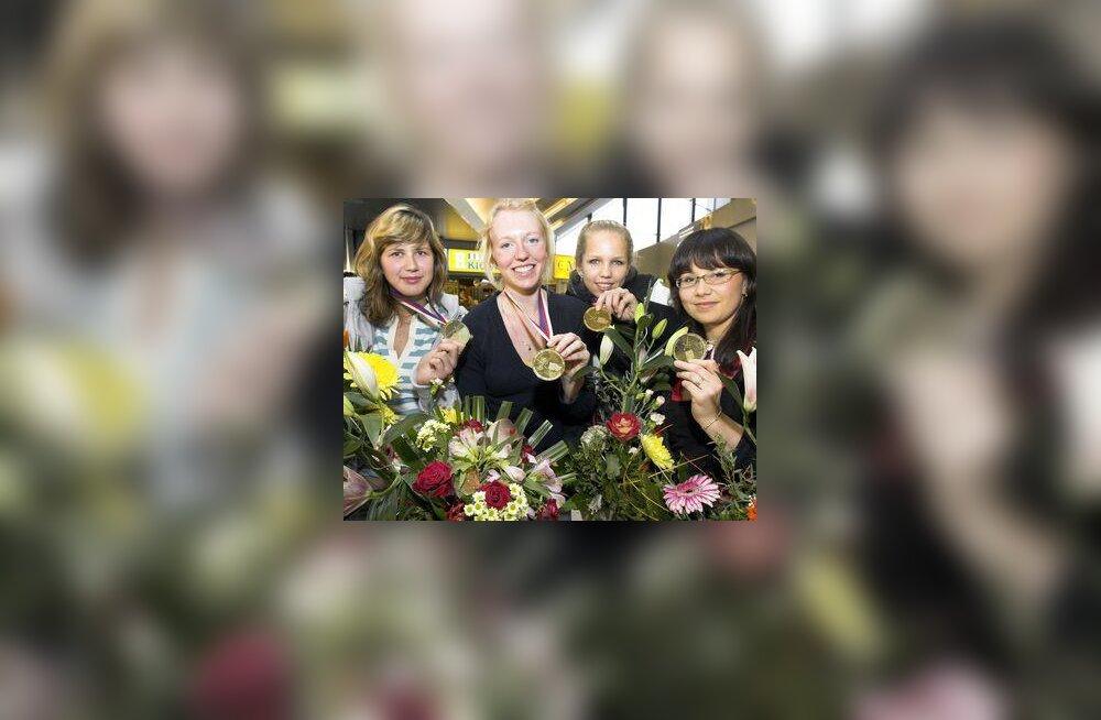Vehklejad Julia Beljajeva, Nelli Paju, Erika Kirpu ja Julia Zuikova