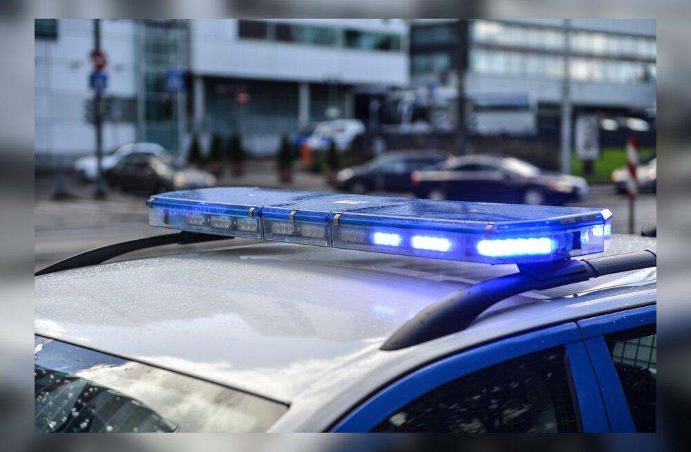 Päev liikluses: viga sai kaks jalgratturit ja kassile otsasõitu vältinud bussis kukkunud reisija