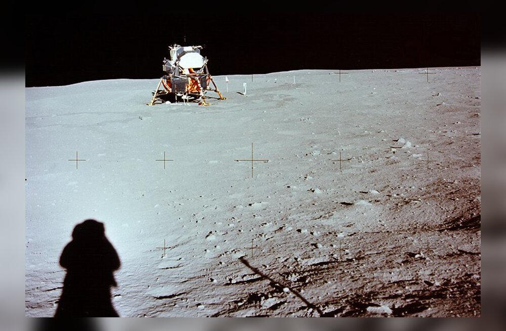 Apollo 11 kulgur Kuu peal ja Neil Armstrongi vari