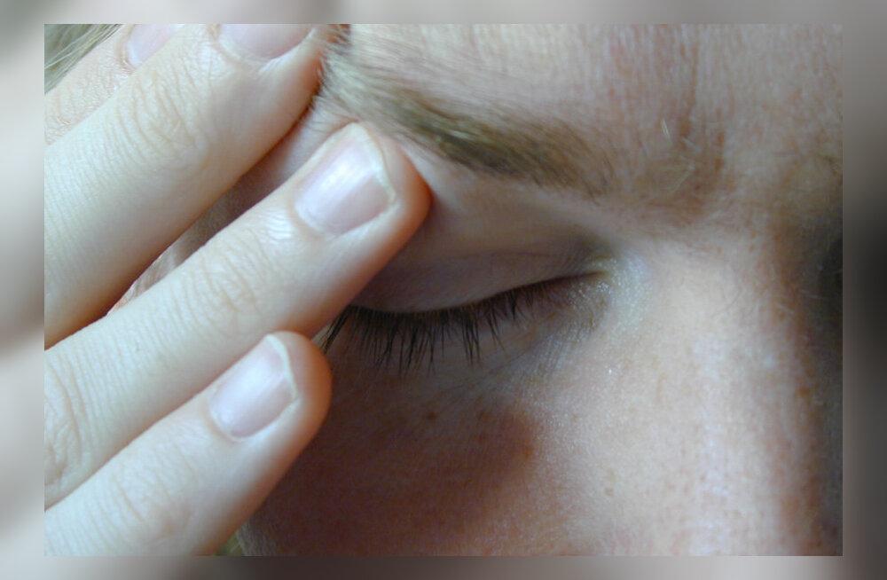 Kaheksa lihtsat harjutust, mis aitavad unustada uimase pea ja kange kaela