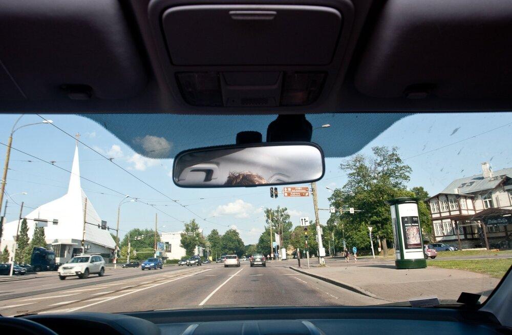 Enne pikemat sõitu võiks tutvuda teeoludega (tarktee.ee, Waze), kus on näha marsruudil olevate teeilmajaamade andmed - temperatuurid, kaamerapildid.