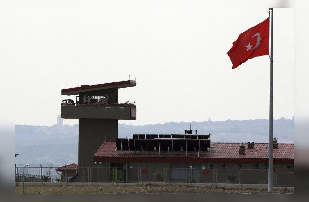 Türgis suri teist päeva järjest rünnaku tagajärjel turist
