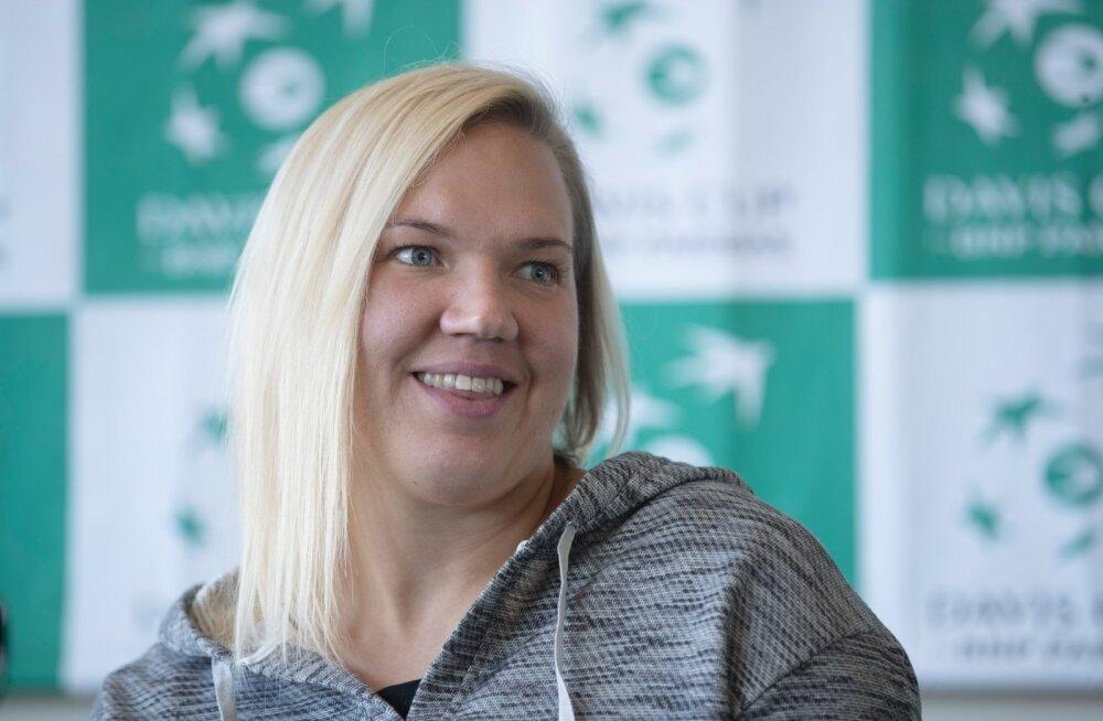 Pressikonverents Tere tennisekeskuses. Davis Cup. Kaia Kanepi
