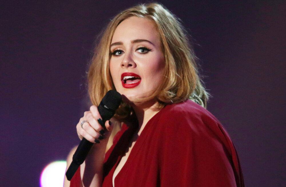 FOTO | Kas tõesti? Meeletult kaalu kaotanud Adele'i süüdistatakse ilukirurgias
