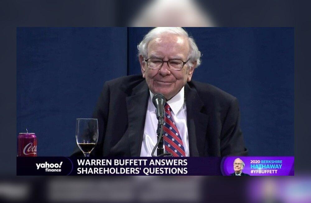Warren Buffett aktsionäride virtuaalsel üldkoosolekul küsimustele vastamas.