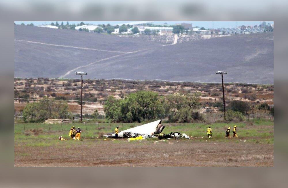 В небе над Калифорнией столкнулись два частных самолета