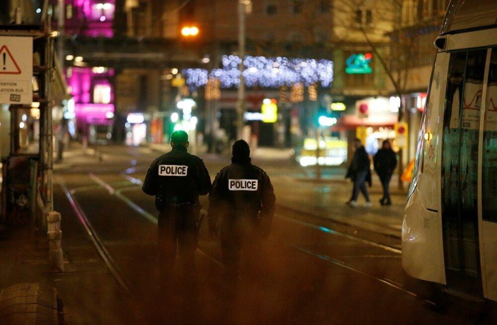 """""""Огни погашены, улицы пустые"""". Стрельба в Страсбурге: в центре событий оказалось и множество эстонцев"""