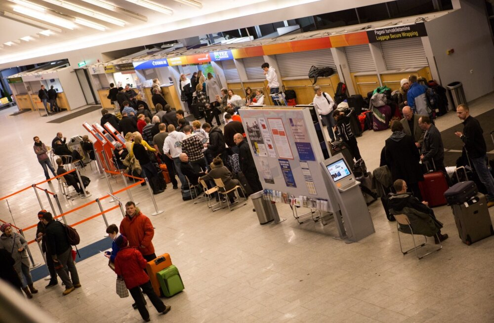 Järjekord lennujaamas