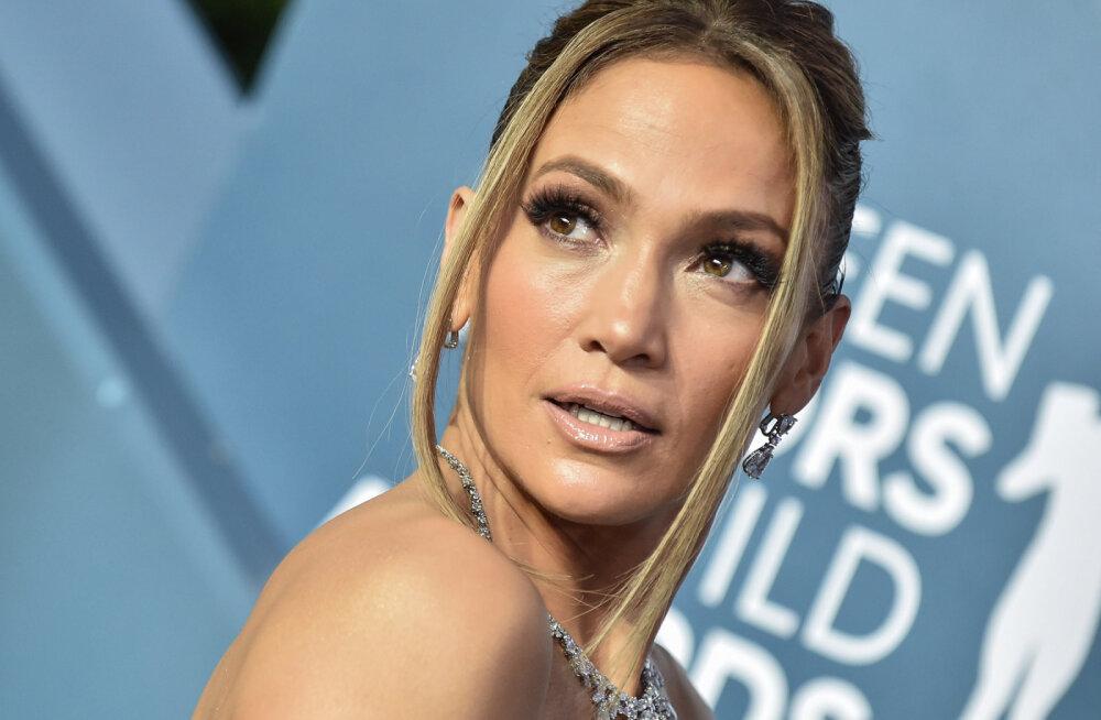 KLÕPS | Tühja see number passis! Jennifer Lopez näeb paljastavas trikoos seksikas ja nooruslik välja