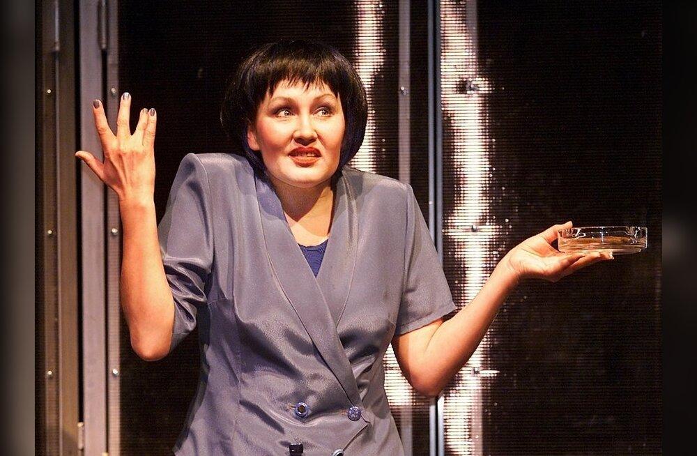 Suri näitlejanna Angelina Semjonova