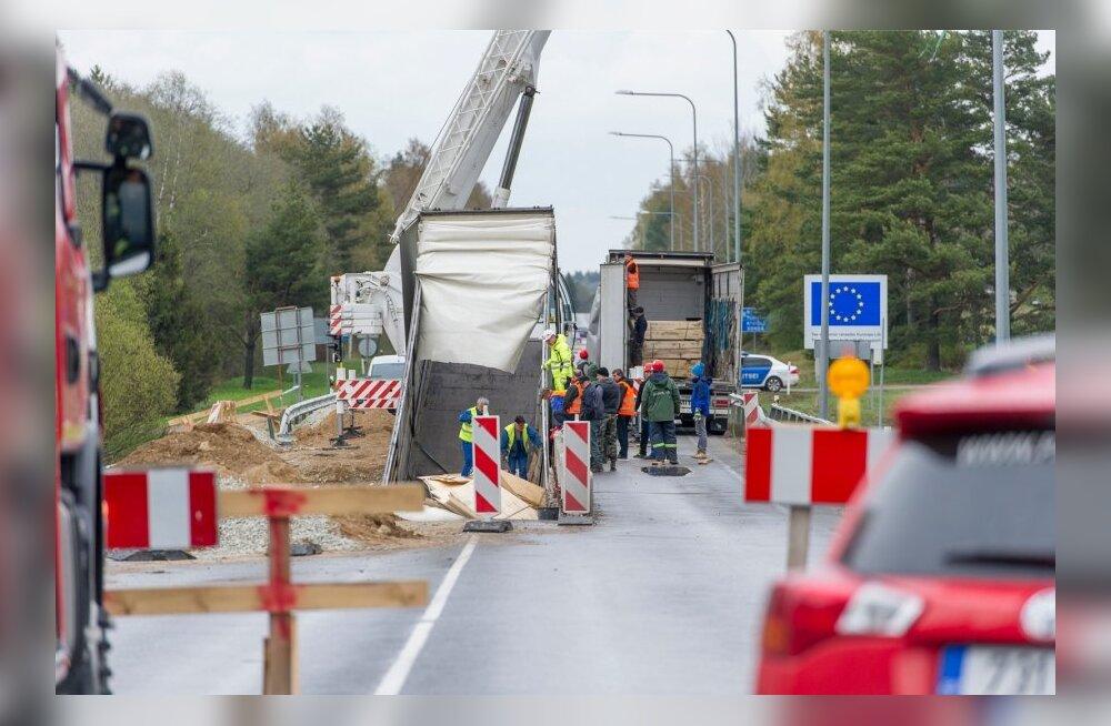 Õnnetus sämi silla juures tallinn-narva mnt 109 km