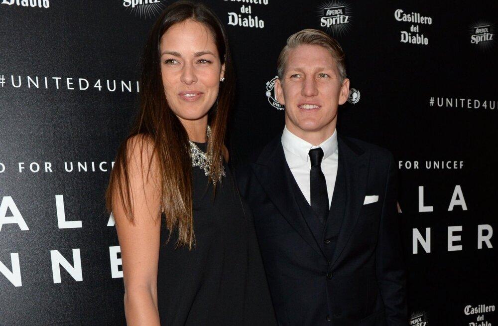 Kerber lobises välja: Schweinsteiger ja Ivanovic peavad pulmaplaane