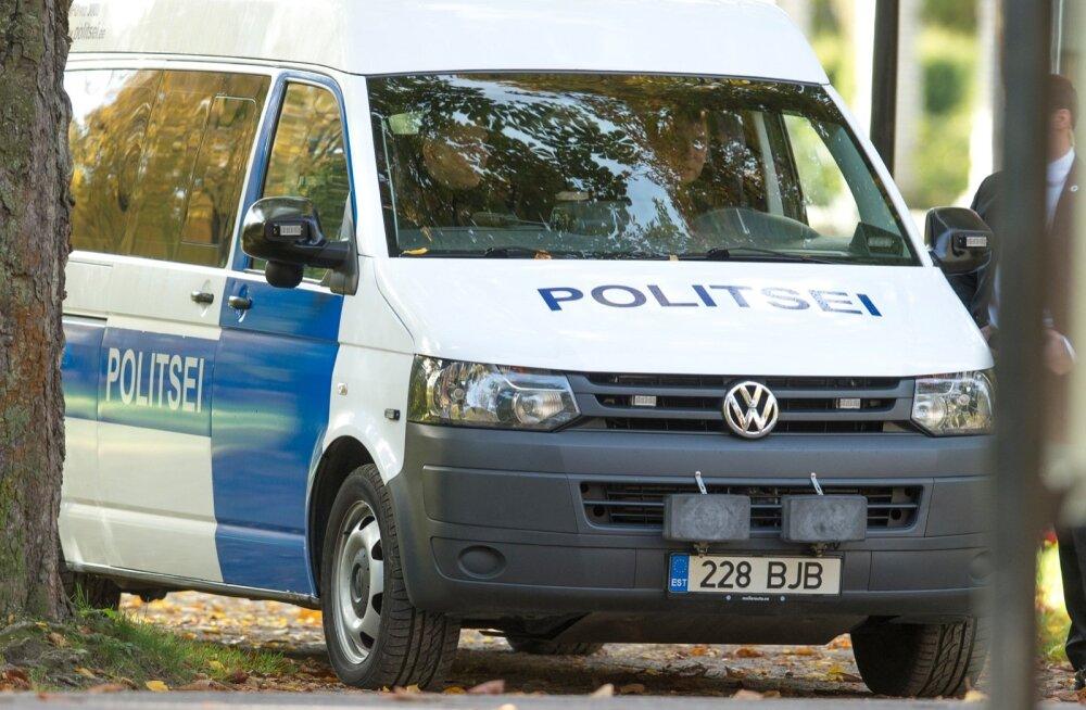 Ida-Virus on politseinikke jäänud ametisse nii vähe, et isegi süüteoteadetele ei suudeta enam reageerida