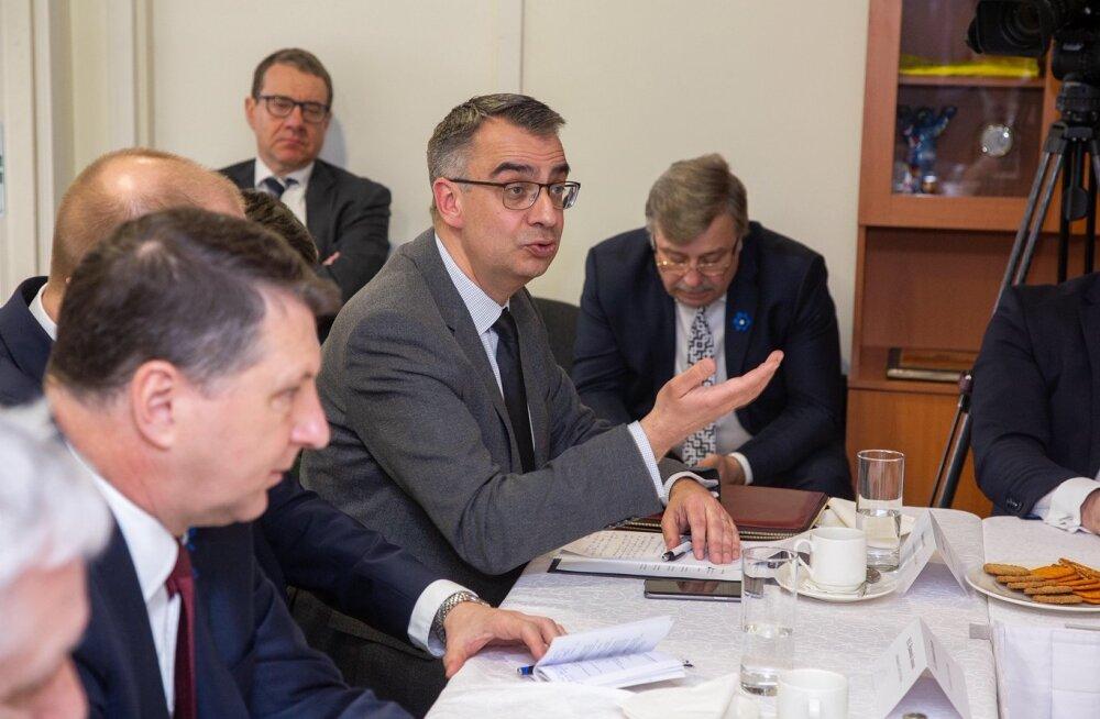 Эксперты: Эстония и Латвия сталкиваются с одинаковыми проблемами на рынках труда