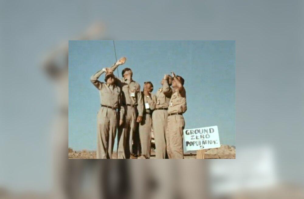 VIDEO: Vaprad mehed otsustasid seista otse tuumaplahvatuse all