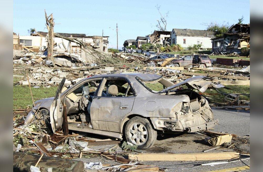 USA tormides ja tornaadodes hukkunute arv suurenes 345 inimeseni