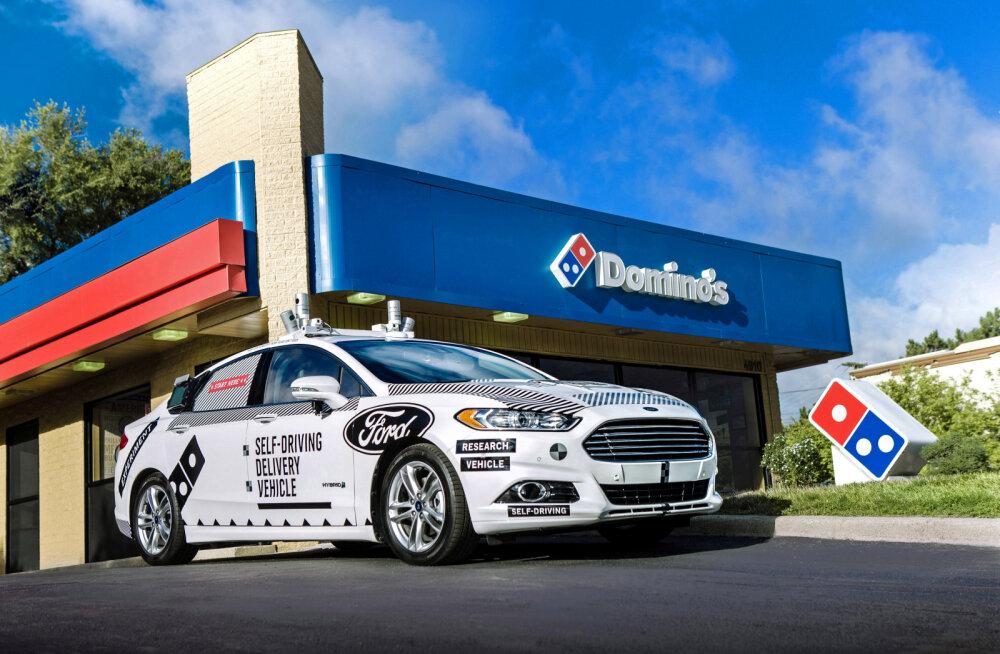 Ford näeb isesõitvatel autodel tulevikku pitsa kojukandes
