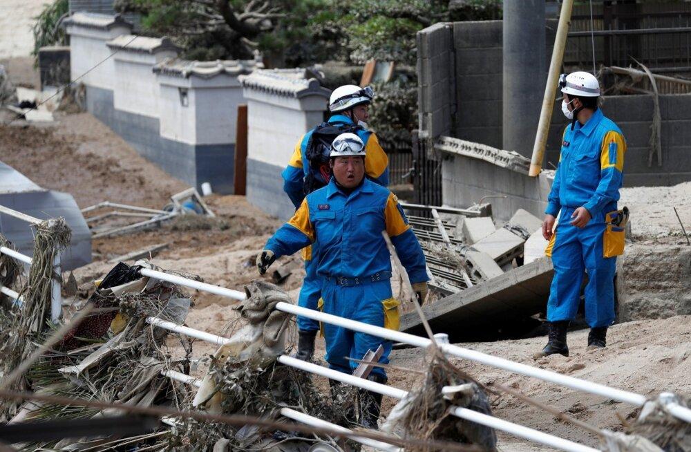 Jaapani üleujutuste ja maalihete ohvrite arv on kasvanud vähemalt 156-ni