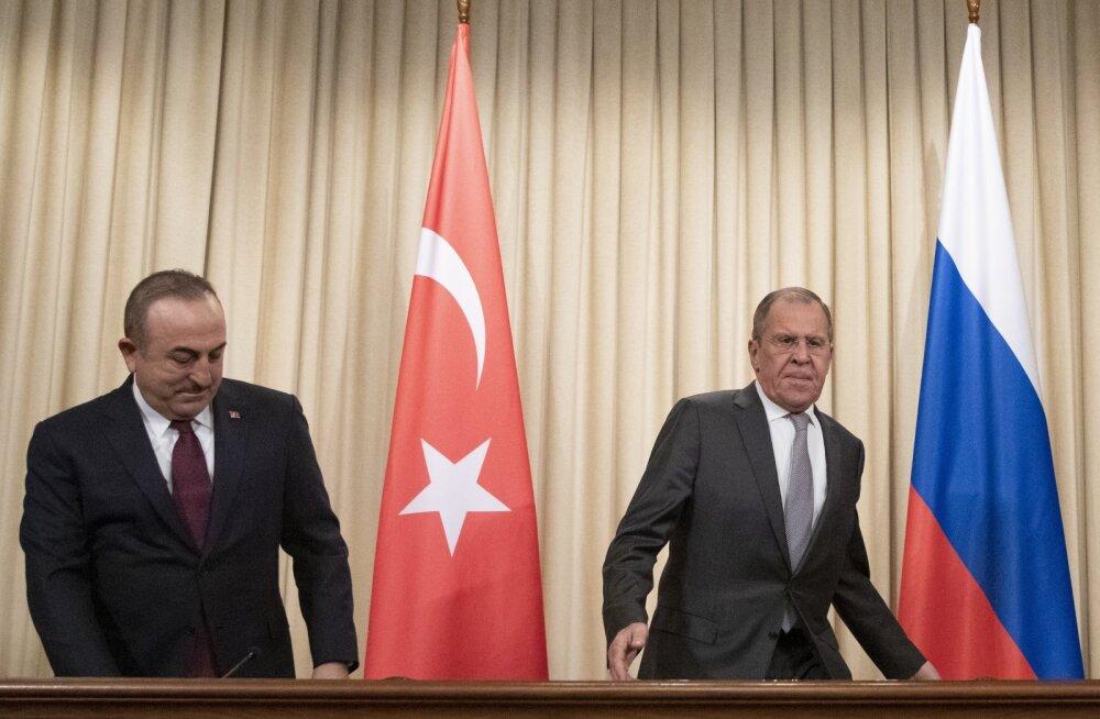 Liibüa rivaalitsevate osapoolte juhid lahkusid Moskvast rahukokkulepet allkirjastamata