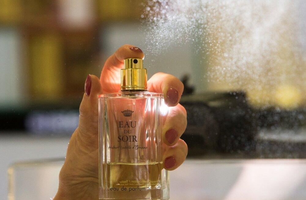 Отличные предложения ко Дню матери: часы, парфюм, одежда, обувь и аксессуары со скидкой до 90%!